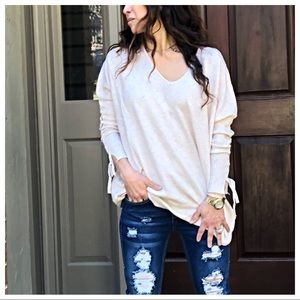 Paris Oatmeal V neck tie up sleeves detail sweater